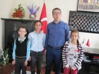 HÜSEYIN ATAK - Hisarcık'ta Dyned'te Başarı Elde Eden Öğrenciler Ödüllendirdi