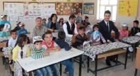 VAN YÜZÜNCÜ YıL ÜNIVERSITESI - Kavram Köy Okullarına 'Umut' Oluyor