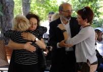 KABATAŞ ERKEK LISESI - Hakkı Devrim Son Yolculuğuna Uğurlanıyor