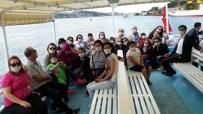 SULTANAHMET MEYDANI - Kıbrıslı Minikler İstanbul'u Gezdi
