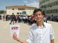 ALI ERTUĞRUL - Araban'da Öğrencilerin Karne Sevinci