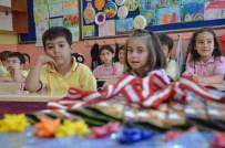 İLKOKUL ÖĞRENCİSİ - Eskişehir'de 131 Bin 859 Öğrenci Karne Heyecanı Yaşadı