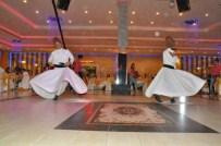 EMLAKÇıLAR ODASı - Menemen'de İftar Programı Ve Sertifika Töreni