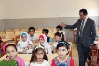 KİLİS VALİSİ - Suriyeli Çocuklar Karnelerini Aldı