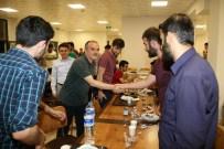 ALAATTIN AKTAŞ - Başkan Gürlesin Üniversiteli Öğrencilerle Sahurda Buluştu