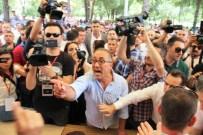 POLİS MÜDAHALE - Manisaspor Kongresi Öncesi Gerginlik