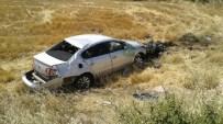 BALKAR - Otomobil Şarampole Uçtu Açıklaması 2 Yaralı