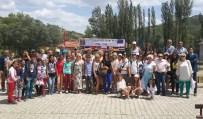 GÜMÜŞSU - Şehri Görmeyen Köy Çocukları AB Destekli Projelerle Avrupayı Geziyor