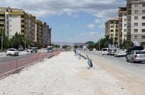 KANAL PROJESİ - Büyükşehir Fahri Kayahan'da Kanal Projesine Başladı