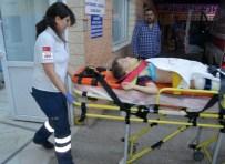 NURETTIN YıLMAZ - Manisa'da Trafik Kazası Açıklaması 2 Ölü