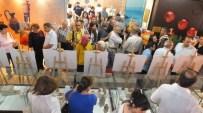 Burhaniye'de Amatör Fotoğrafçılar Müzede Sergi Açtı