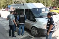 Elazığ'daki Paralel Yapı Operasyonunda 2 Kişi Tutuklandı
