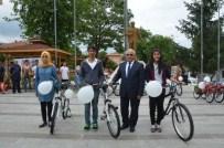 TONGA - Göynücekli Öğrencilere Bakanlıktan Bisiklet