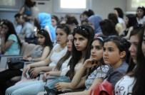 SEZAI KARAKOÇ - Polatlı Kız Teknik Ve Meslek Lisesi BEÜ'yü Ziyaret Etti