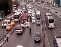 SEFAKÖY - Sefaköy'deki kaza E-5'i kilitledi