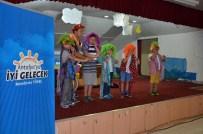 ŞEKER PORTAKALı - Şeker Portakalı Aracı Alanyalı Çocuklarla Buluştu