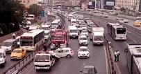 SEFAKÖY - Trafik Kazası E-5'Te Trafiği Felç Etti