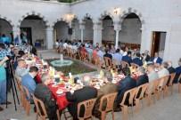 YUSUF ŞAHIN - Belediye Ve Birlik Vakfı Ortaklaşa İftar Verdi