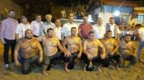 TARIŞ ZEYTIN - Gece Güreşler İlgi Gördü