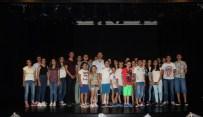 BEDEN DILI - Manisa'da Şehir Tiyatrosu Yaz Kursları Başladı