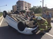 Bisiklete Çarpan Otomobil Takla Attı Açıklaması 2 Yaralı
