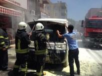 Milas'ta Park Halindeki Kamyonet Yandı
