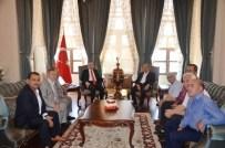 KİLİS VALİSİ - Muhtarlar Vali İsmail Çatak'a Ziyaret