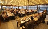 MUSTAFA AKIŞ - Beyşehir Belediyesi'nden Muhtarlara İftar Yemeği