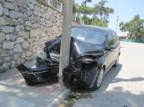 AFRODIT - Bayramiç'te Trafik Kazası; 3 Yaralı