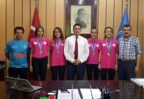 ATATÜRK OLIMPIYAT STADı - Şampiyon Atletlerden Kardaş'a Ziyaret