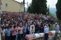 Trabzon'da Trafik Kazasında Hayatını Kaybeden Kız Kardeşler Son Yolculuğuna Uğurlandı