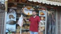Burhaniye'deki Fırıncının Askıda Ekmek Uygulaması İlgi Gördü