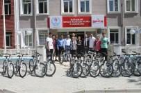 SAĞLIKLI HAYAT - Halk Sağlığı Müdürlüğü'nden Başarılı Sporculara Bisiklet