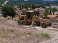 Soma Belediyesi Ova Yollarını Elden Geçirdi