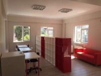Soma Çocuk Gelişim Merkezi'ne 5 Bin Kitaplık Kütüphane