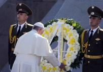 ERMENILER - Papa 'Sözde Ermeni Soykırımı' Anıtını Ziyaret Etti