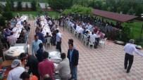 MEMİŞ İNAN - Başkan Küçük, Belediye Personeline Evinde Yemek Verdi
