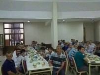 MEHMET TURGUT - Bozüyük Mevlana Kültürünü Tanıtma Ve Yaşatma Derneğinden İftar Yemeği