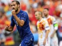 GIORGIO CHIELLINI - İtalya son şampiyon İspanya'yı devirdi