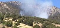 YANGIN HELİKOPTERİ - Yangında 50 Hektarlık Alan Kül Oldu