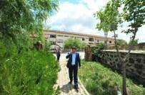 ÇÜRÜK RAPORU - Yozgat'ta Çürük Raporu Verilen Kamu Binası Yıkılarak Yerine Yenisi Yapılacak