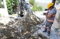 KANALİZASYON ÇALIŞMASI - 40 Yıllık Alt Yapı Yenileniyor