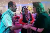 ÇALIŞAN KADIN - AK Partili Kadınlar İftarını Kardeş Olarak Belirledikleri Ailelerle Yapıyor