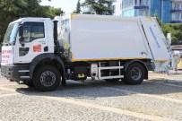 Belediye Araç Filosuna Yeni Bir Çöp Kamyonu Daha Eklendi
