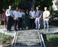 KIRMIZI GÜL - İMO, Ceyhan Deprem Anıtına Gül Bıraktı