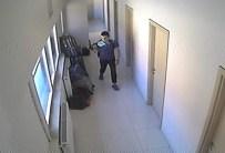 HÜSEYIN AKTAŞ - Otobüs Terminalindeki Hırsızlık Anı Güvenlik Kamerasına Yansıdı