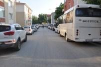 İP CAMBAZI - Bozüyük'te Trafik Keşmekeşi