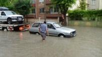 Karaman'da Sağanak Nedeniyle Evleri Su Bastı