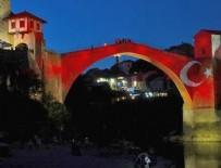 MOSTAR KÖPRÜSÜ - Mostar Köprüsü kırmızı beyaz renklere büründü