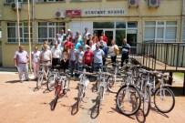 DENGESİZ BESLENME - Öğrenciler Bisikletlerini Aldı